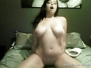 Hot chubby babe dildo ride